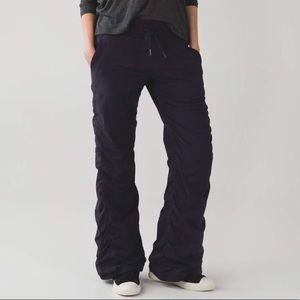 Lululemon Dance Studio Unlined Pant. Size 6